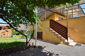Zugang Terrasse zum Gartengrundstück