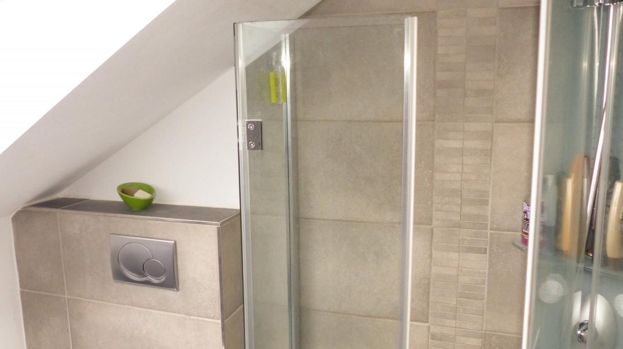 _..mit moderner Dusche