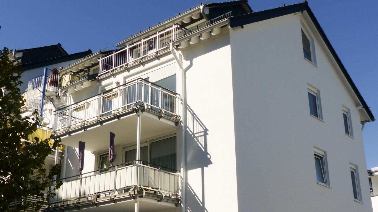 Zwei Balkone zur Wohnung