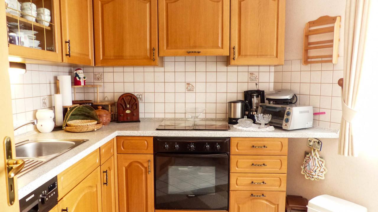 Küche (Einbauten können optional übernommen werden)