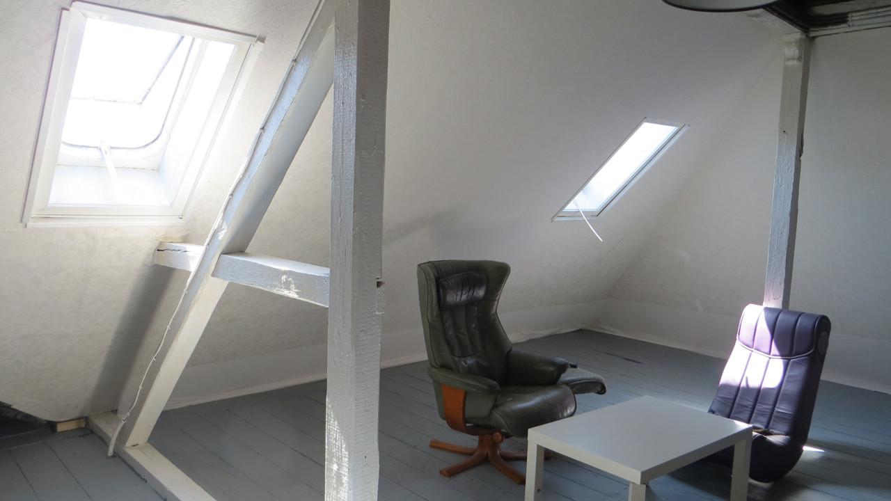 Studiozimmer 1.1