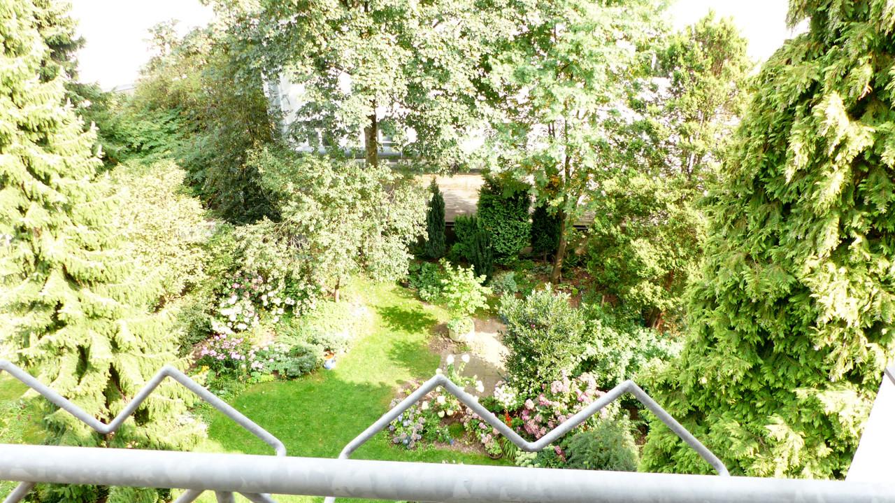 Blick vom Balkon ins Grüne...