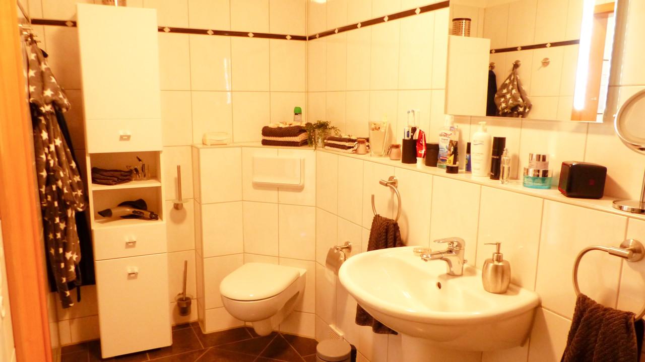 Badewanne und Stellplatz für Waschen-Trocknen
