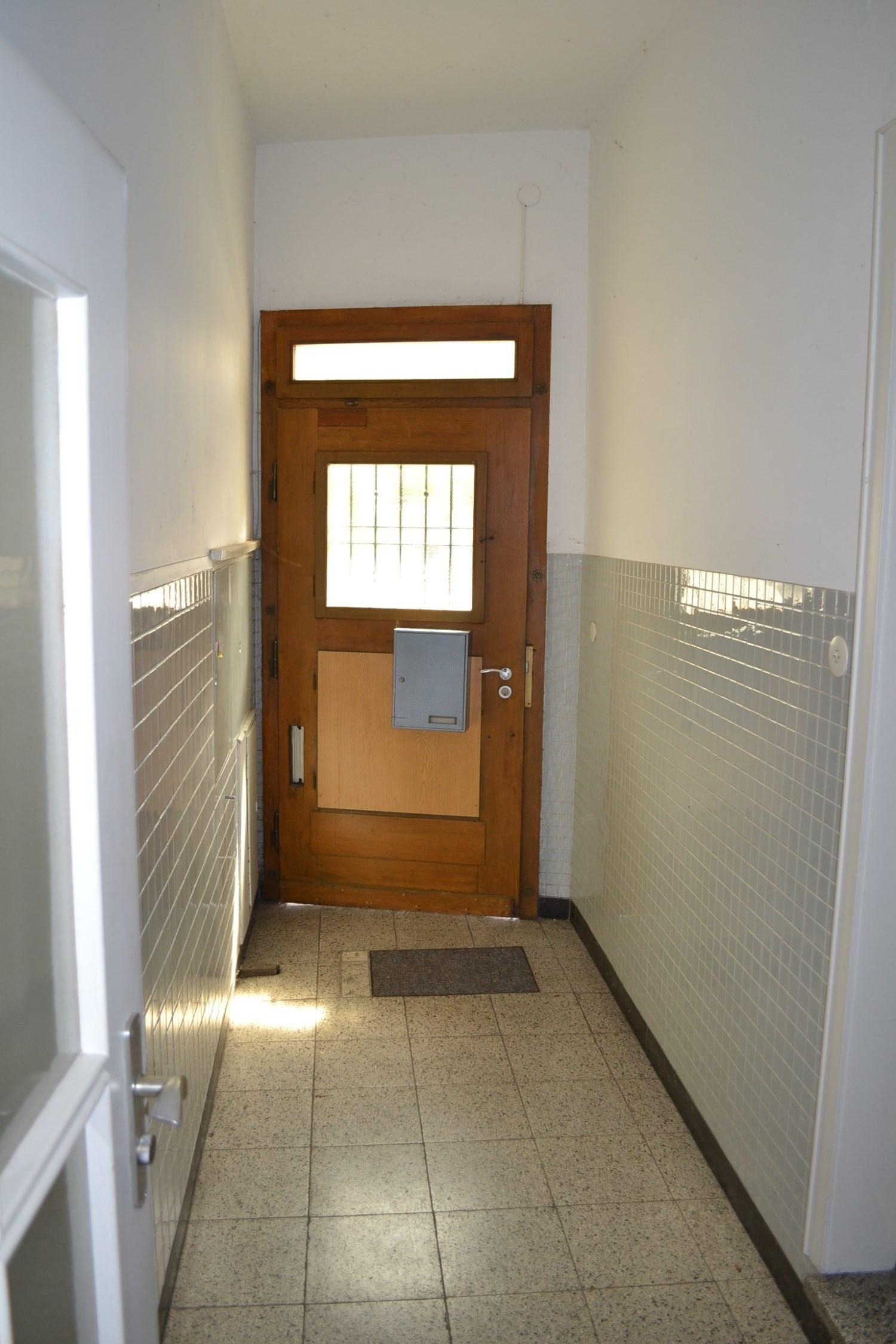 Eingang 12