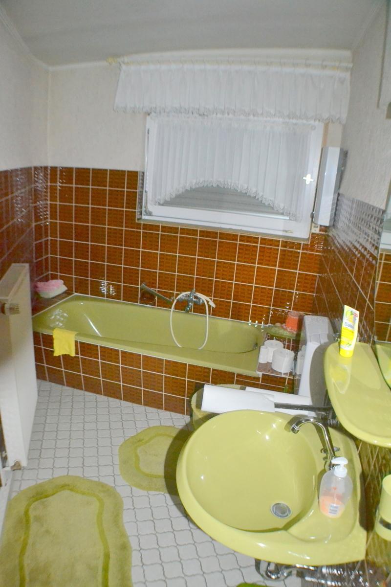 Badezimmer  EG(1)