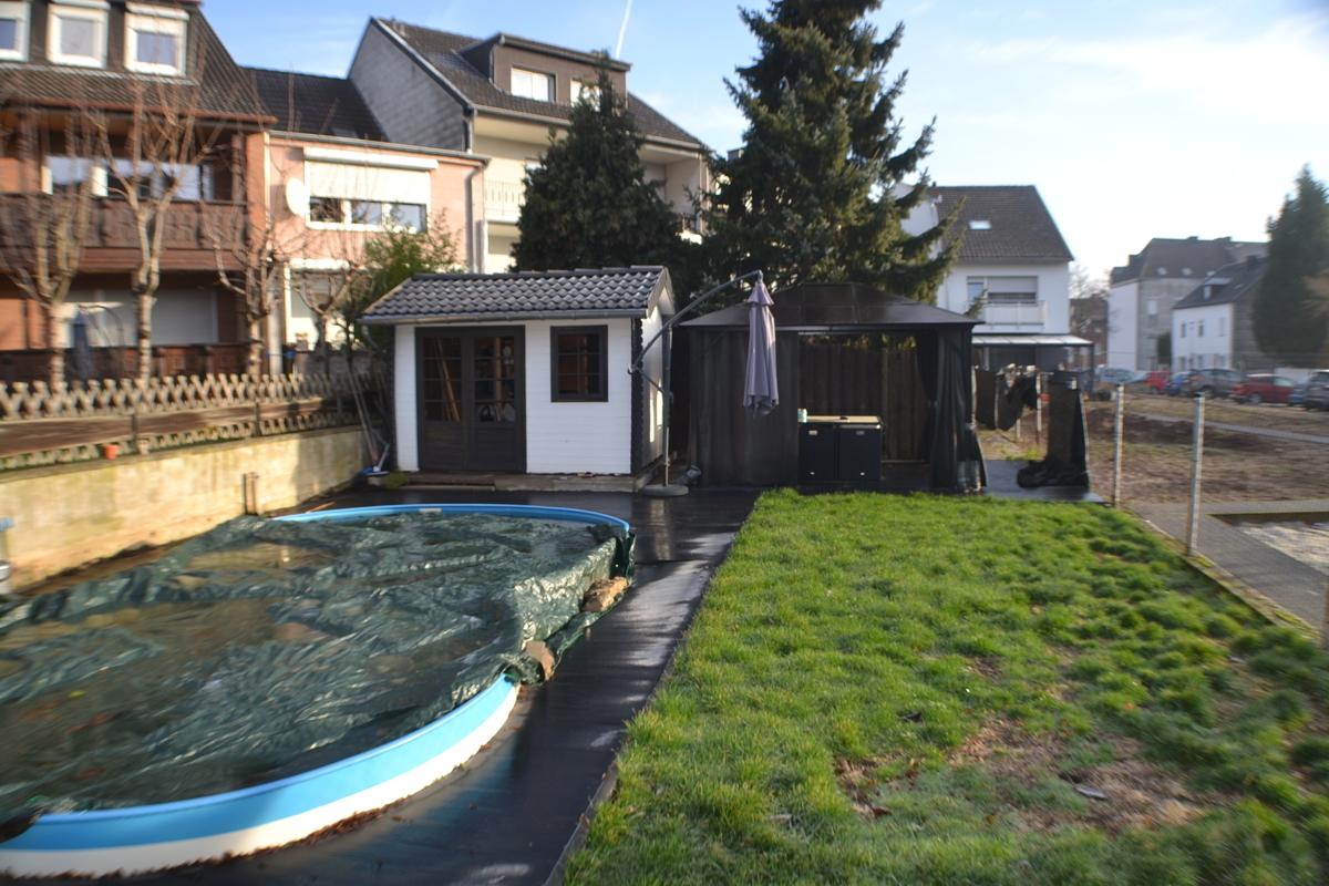 Schwimmbad.Gartenhaus (2)