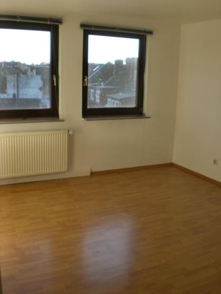 Wohnung DG SZ