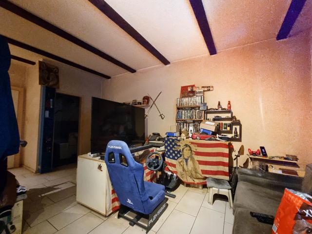 Wohnbereich beim Fenster_2 3. OG