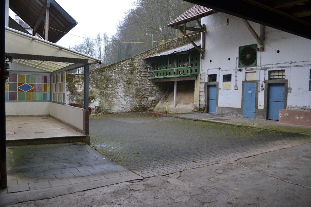 überdachte Terrasse _ Innenhof