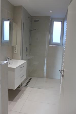 Duschbad hinten