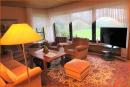Wohnzimmer mit Gartenblick