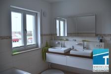 Doppelwaschtisch im Badezimmer