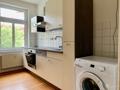 Einbauküche mit Waschmaschienenstellplatz