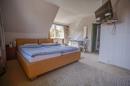 Schlafzimmer mit Platz