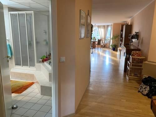 Zugang Wohnzimmer Küche Esszimmer.jpg
