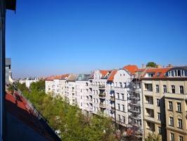 Fensterblick auf Schivelbeinstraße