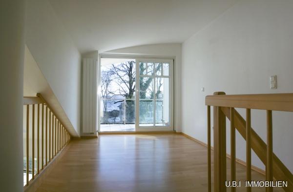 Die Wohngalerie mit Balkon