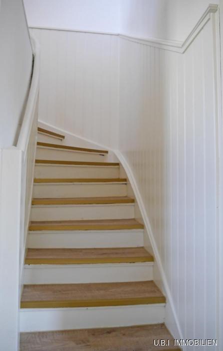 14) Treppe ins OG