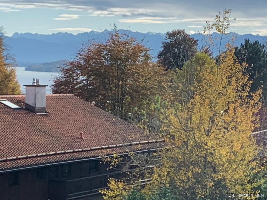 Herbstl. See- u Bergblick