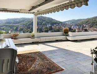 Terrasse mit bestem Blick auf Baden