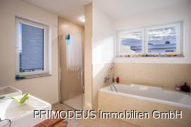 Badezimmer 1 - En Suite (1.OG)