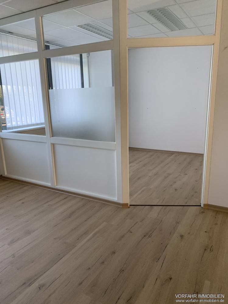 Raum 3 unterteilt