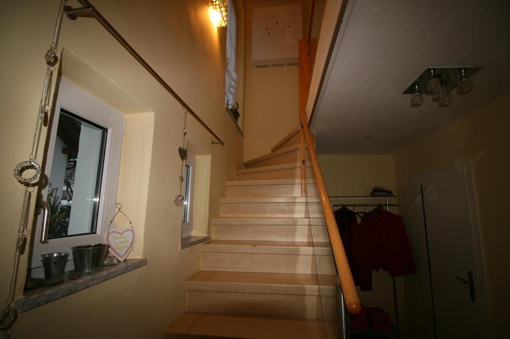 Treppe mit Laminatbelag