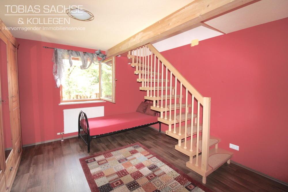 Raum mit Treppenausgang