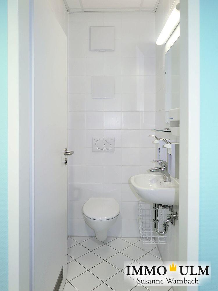 10 WC