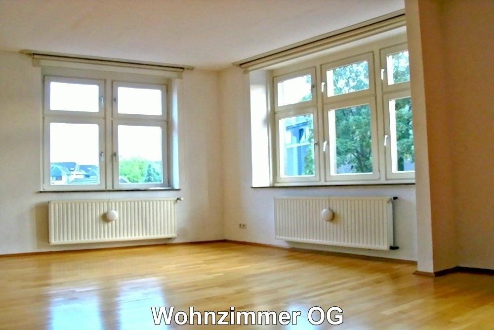 2064 Haupthaus OG Wohnzimmer