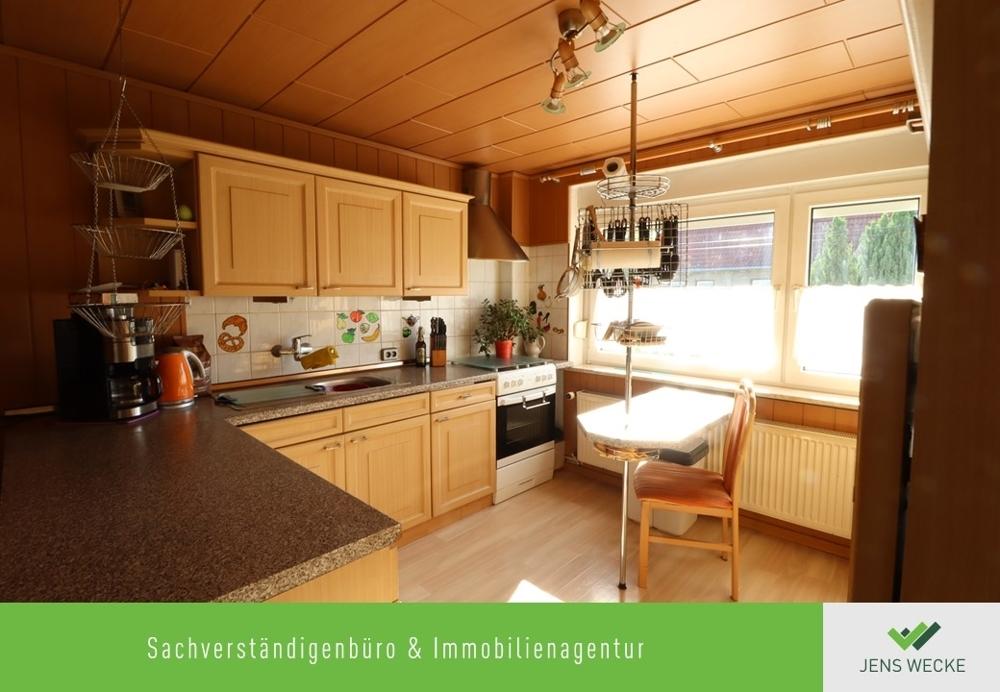 2028 Küche mit EInbauküche