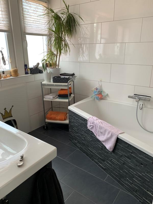 Badezimmer OG Haupthaus