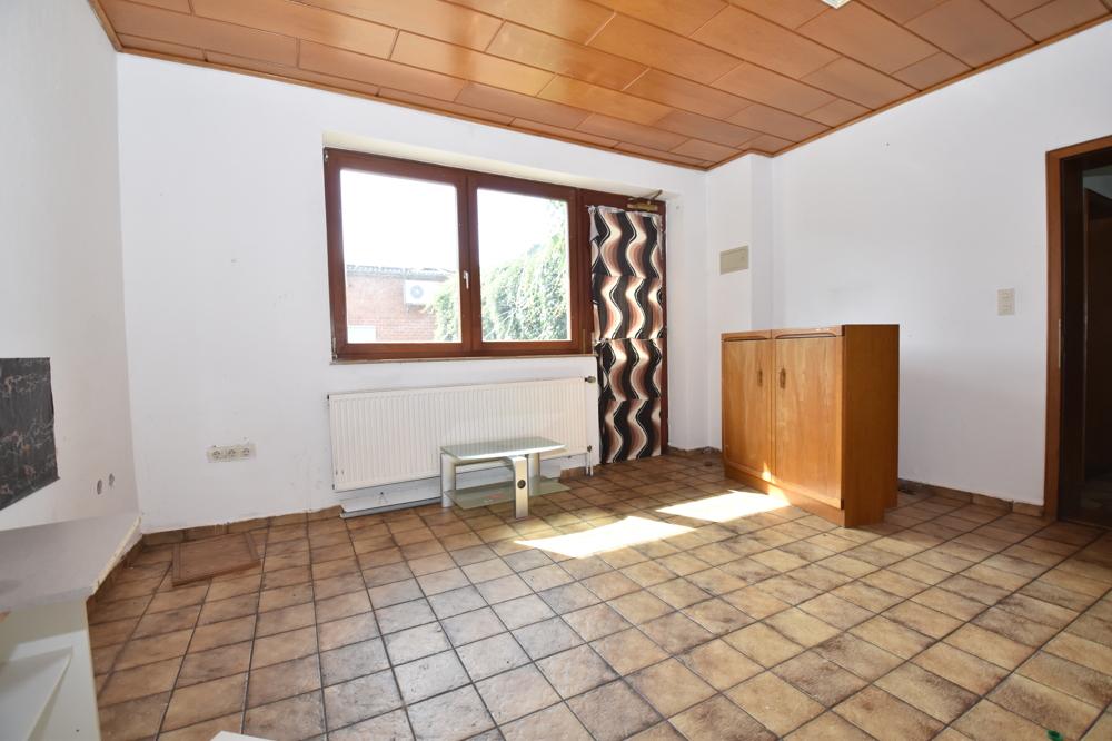 Nebengebäude - Büro
