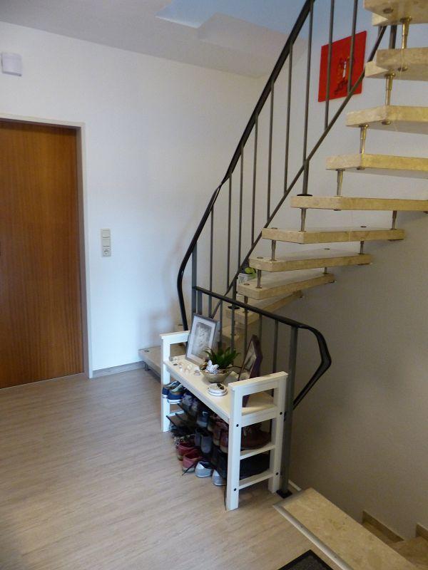 Treppenaufgang ins 2. OG