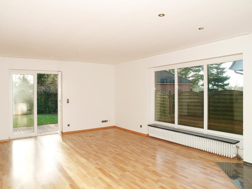 rechter Eingang- Wohnzimmer-