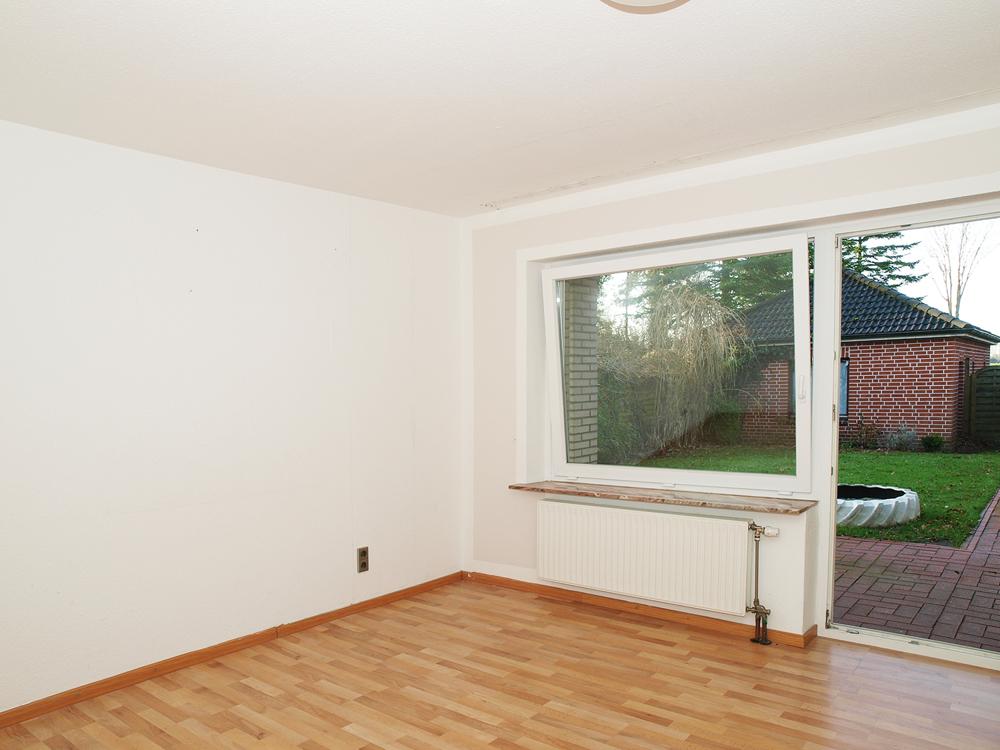 rechter Eingang- Schlafzimmer