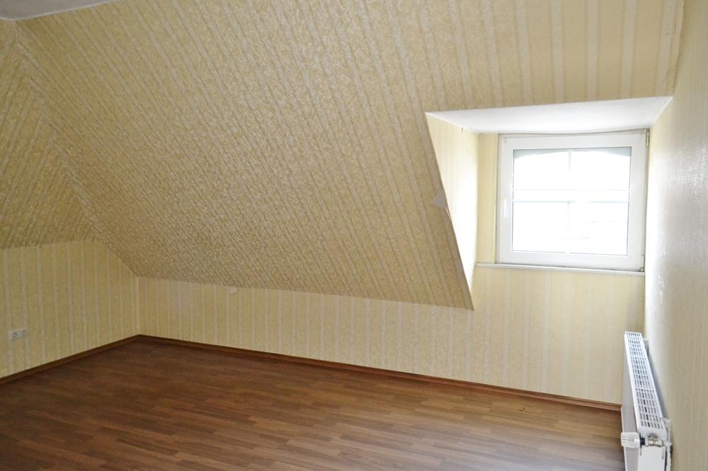 Schlafzimmer DG 1