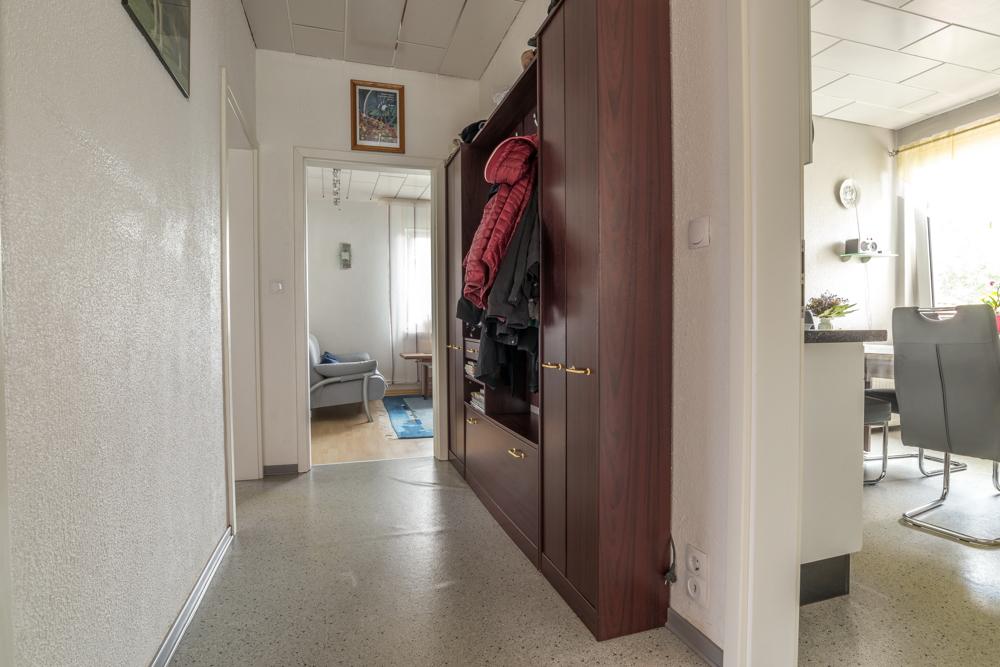OG-Wohnung Flur