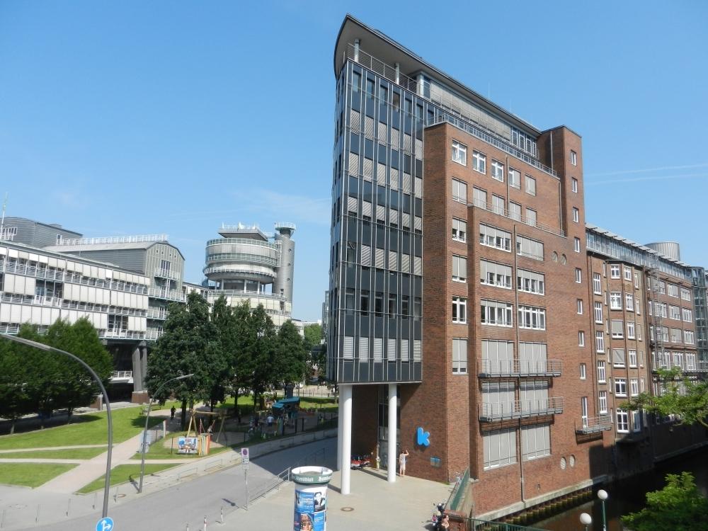 Gebäudeansicht II