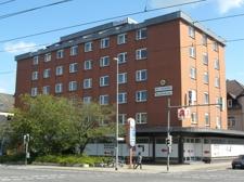 Geschäftshaus mit Hotel