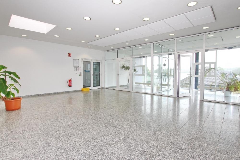 Bürogebäude I