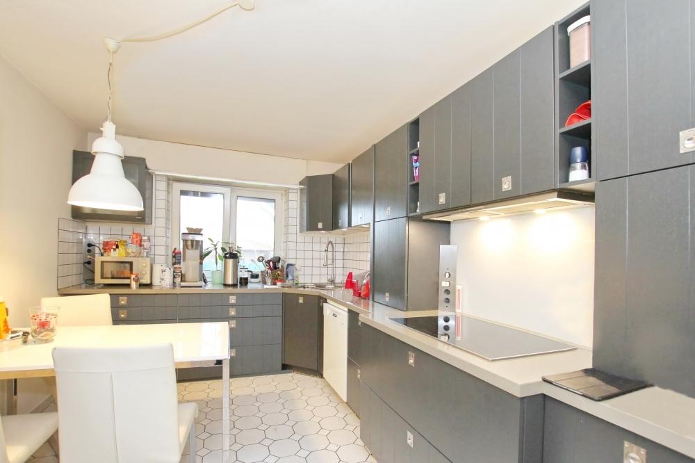 Einbauküche (Grd. rechts)