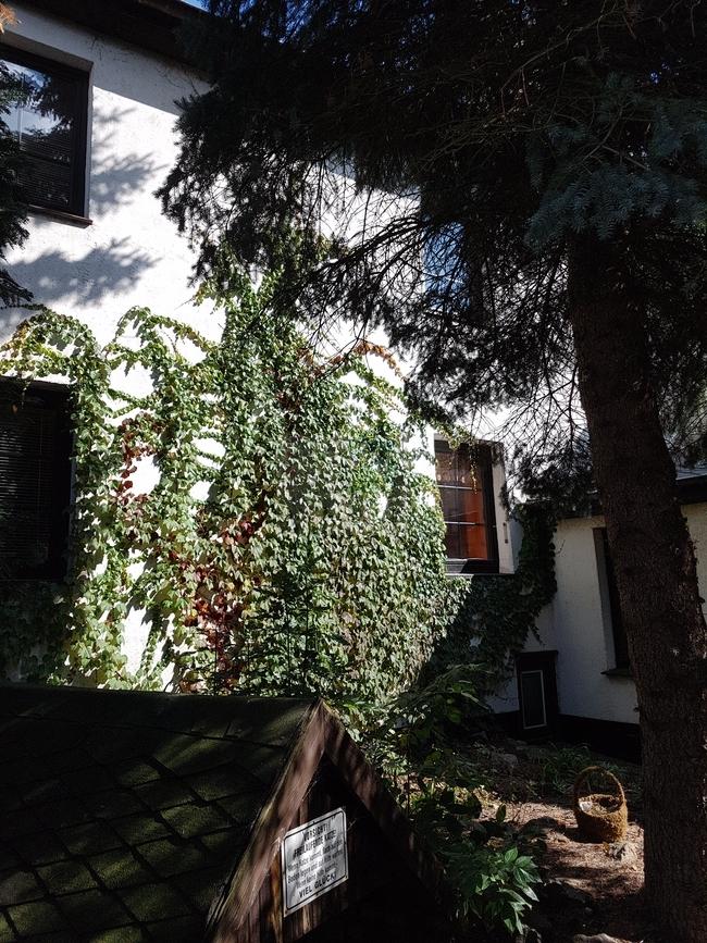 Haus Hofseite