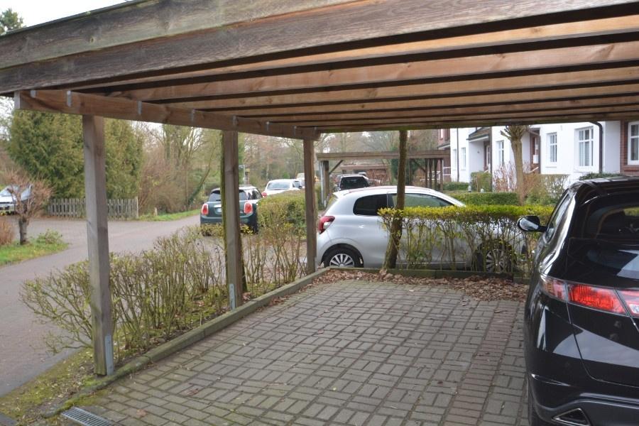 Carport-Stellplatz