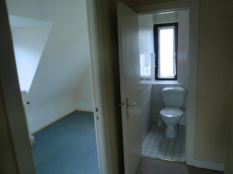 Ankleide/WC Dachgeschoss