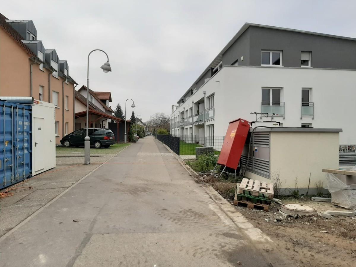 Zufahrtsstraße
