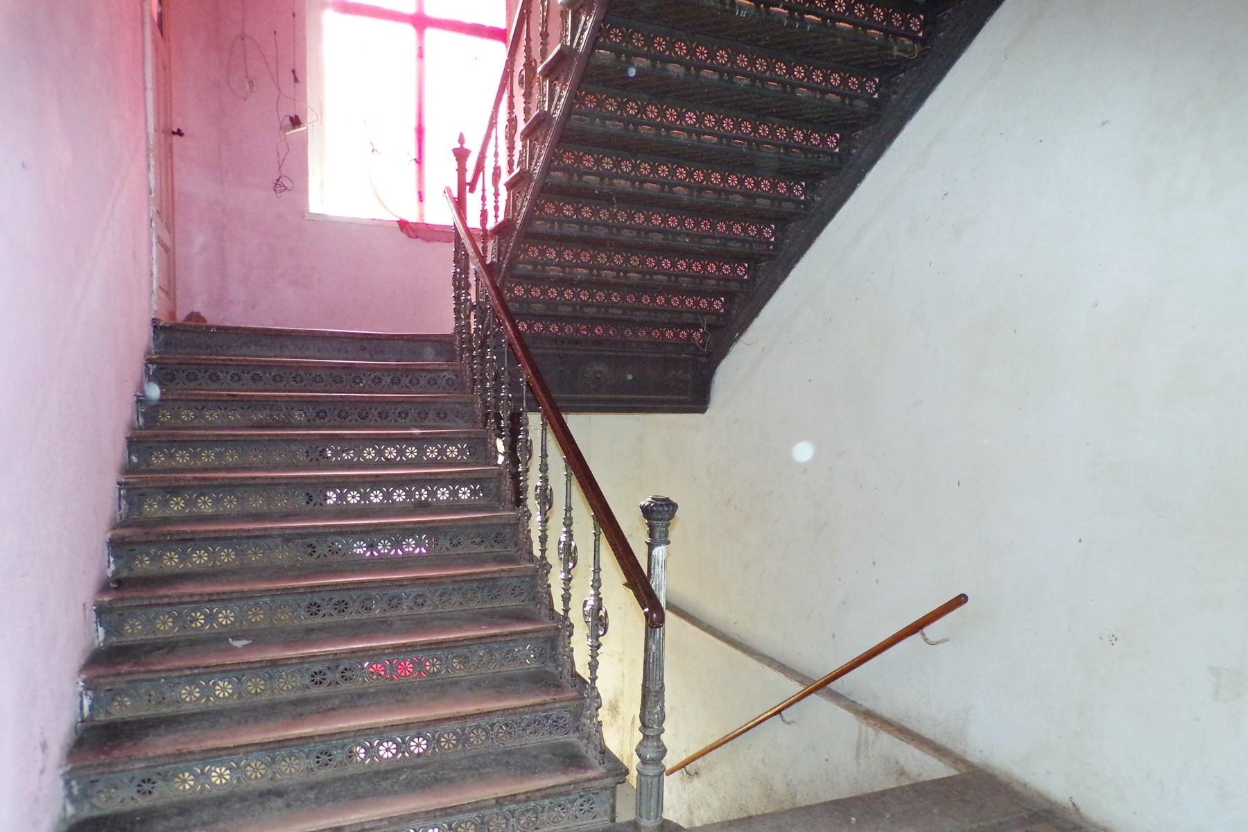 6 Treppenhaus
