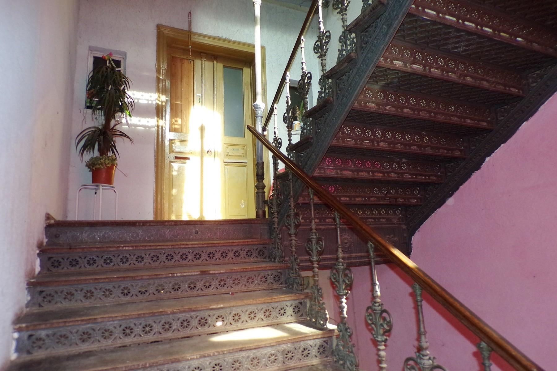 7 Treppenhaus 2