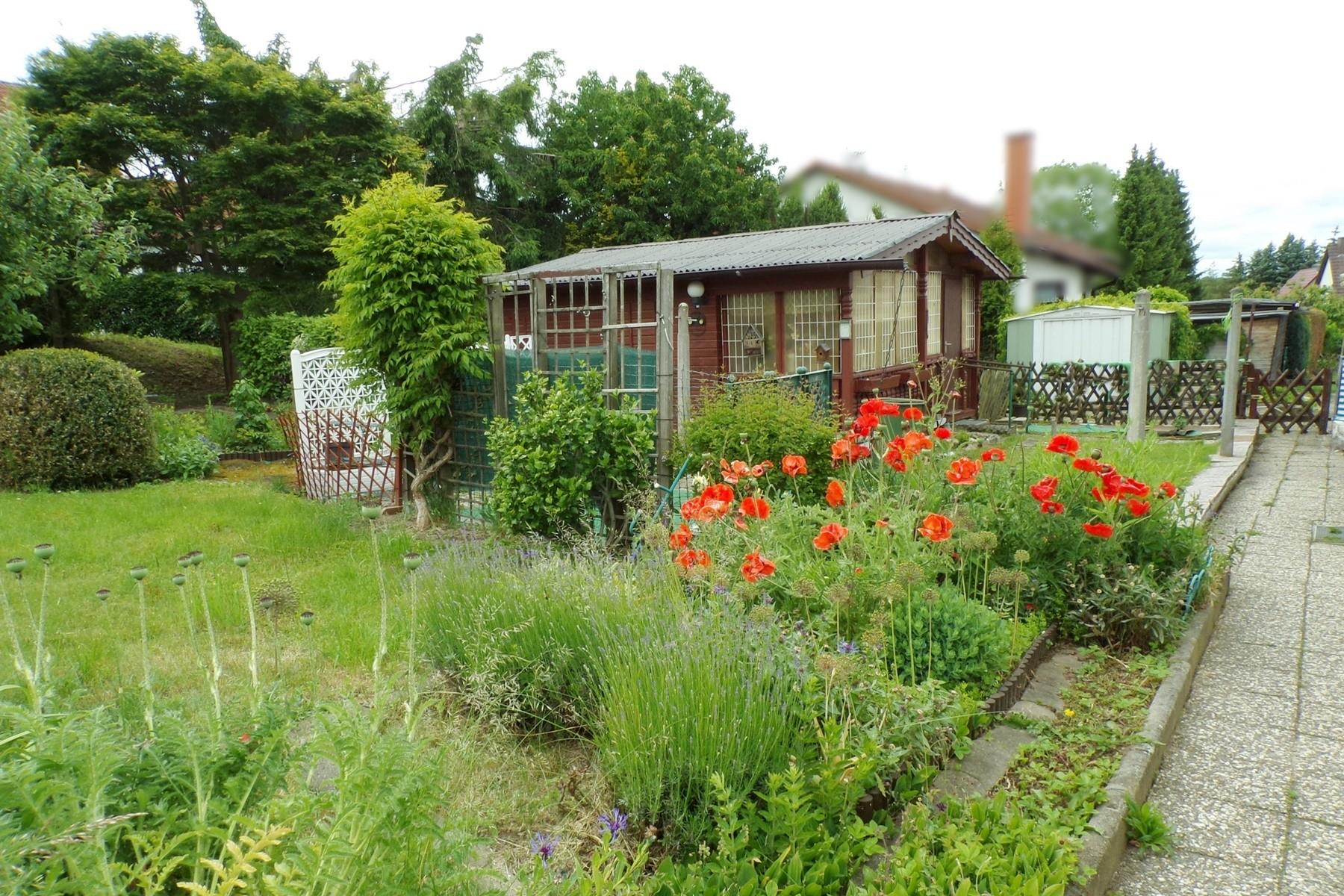9 Gartenhaus