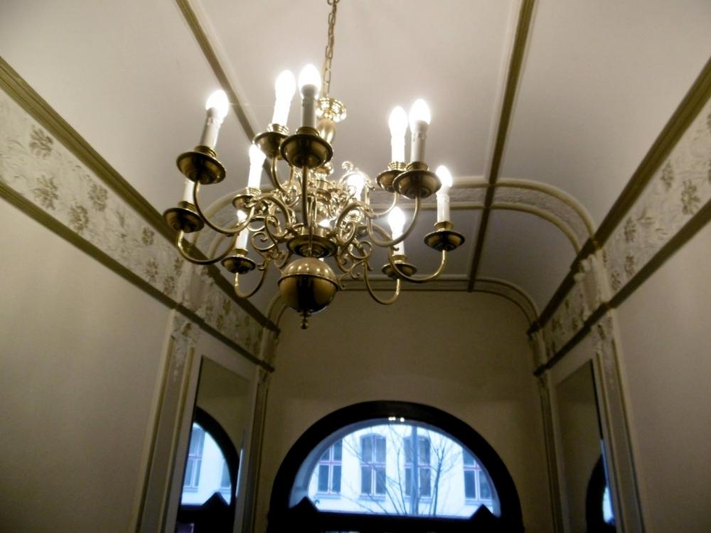 Kronleuchter - Hauseingang